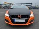 VW Passat orange